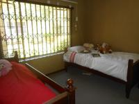 Bed Room 1 - 14 square meters of property in Murrayfield