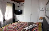 Bed Room 1 - 16 square meters of property in Inchanga