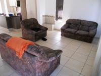 Lounges - 25 square meters of property in George Central