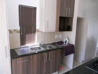 Kitchen - 21 square meters of property in George Central