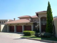 4 Bedroom 3 Bathroom in Maroeladal
