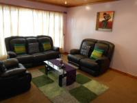 Lounges - 21 square meters of property in Pelikan Park