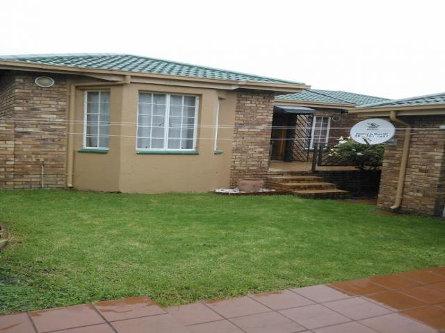 2 Bedroom Simplex For Sale in Radiokop - Home Sell - MR104445