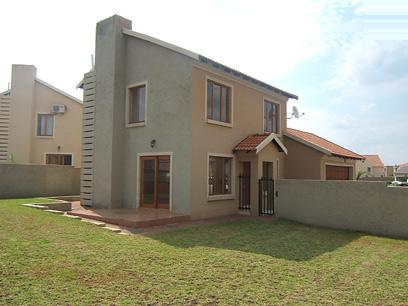 Standard Bank Repossessed 3 Bedroom House for Sale For Sale in Silver Lakes Golf Estate - MR10446
