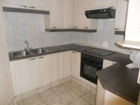 Kitchen - 33 square meters of property in Glenvista
