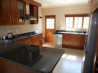 Kitchen - 16 square meters of property in Winterton