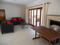 Lounges - 23 square meters of property in Winterton