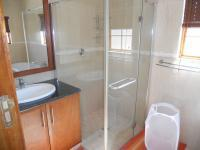 Main Bathroom - 7 square meters of property in Winterton