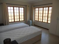 Bed Room 2 - 16 square meters of property in Winterton