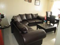 Lounges - 15 square meters of property in Alan Manor