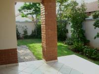 Patio - 18 square meters of property in Faerie Glen