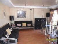 Lounges - 41 square meters of property in Mitchells Plain