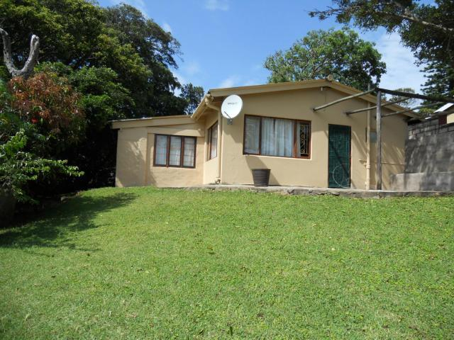 2 Bedroom House For Sale in Hibberdene - Home Sell - MR104549