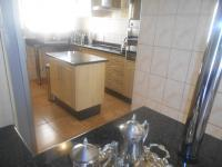 Kitchen - 8 square meters of property in Greenhills