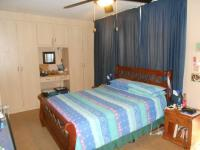 Main Bedroom - 65 square meters of property in Garsfontein