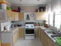 Kitchen - 39 square meters of property in Garsfontein