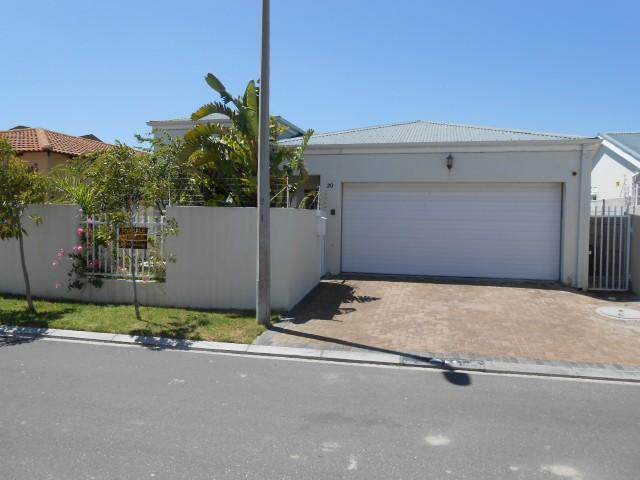 3 Bedroom House for Sale For Sale in Parklands - Home Sell - MR104628