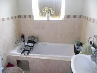 Main Bathroom - 3 square meters of property in Alan Manor