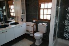 Bathroom 1 - 10 square meters of property in Napier