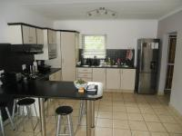 Kitchen - 14 square meters of property in Amanzimtoti