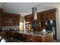 Kitchen - 31 square meters of property in Kosmos