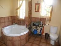 Main Bathroom - 8 square meters of property in Krugersdorp