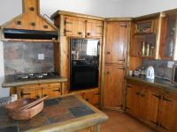 Kitchen - 18 square meters of property in Krugersdorp