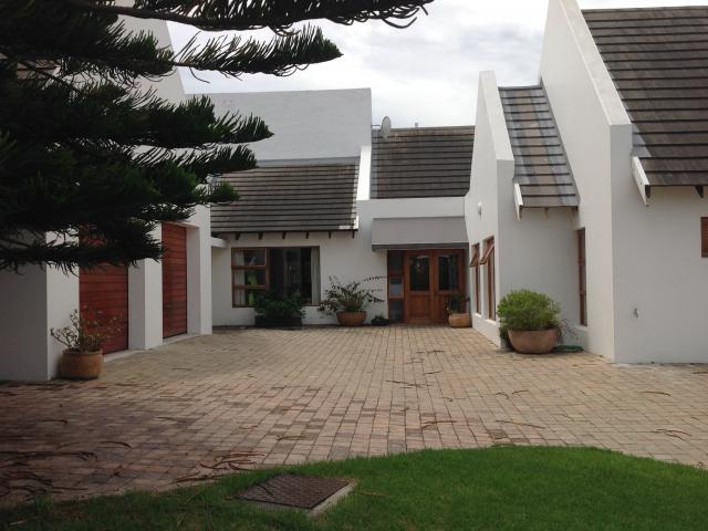 6 Bedroom House for Sale For Sale in St Francis Bay - Home Sell - MR104746