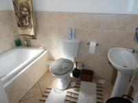 Main Bathroom - 5 square meters of property in Olivedale