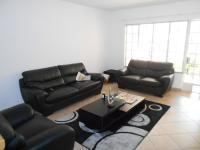 Lounges - 22 square meters of property in Olivedale