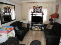 Lounges - 12 square meters of property in Tongaat