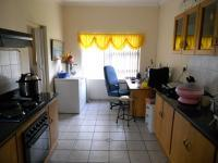 Kitchen - 40 square meters of property in Hartenbos