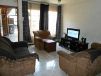 Lounges - 28 square meters of property in Pretoria West