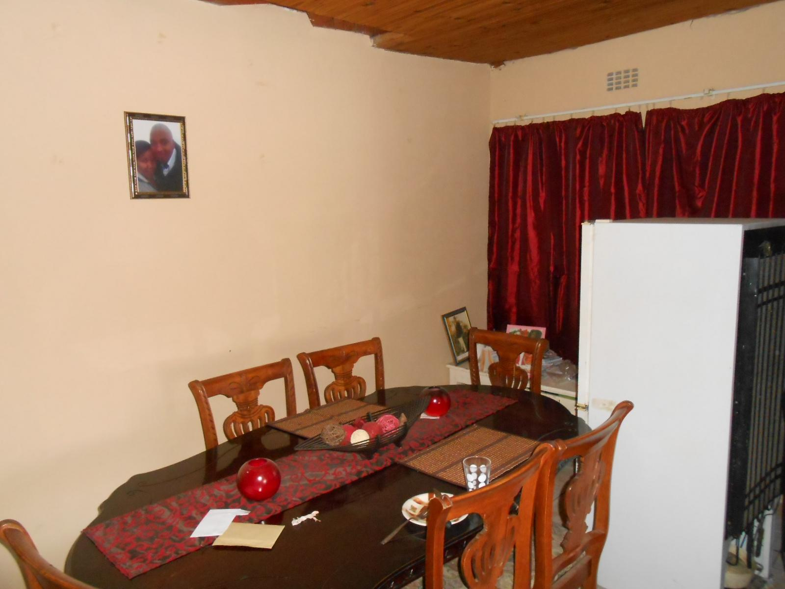 Dining Room - 9 square meters of property in Khayelitsha