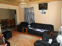Lounges - 13 square meters of property in Khayelitsha
