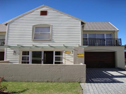 3 Bedroom Duplex For Sale in Hartenbos - Private Sale - MR10494