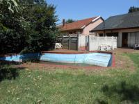 Backyard of property in Roodekop
