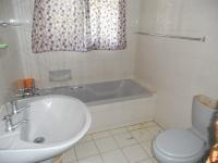 Bathroom 1 - 5 square meters of property in Mookgopong (Naboomspruit)