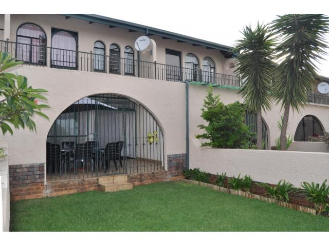 3 Bedroom Duplex for Sale For Sale in Sinoville - Private Sale - MR105014