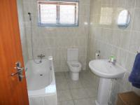 Bathroom 1 - 6 square meters of property in Umzinto