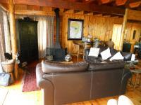 Lounges - 52 square meters of property in Knysna