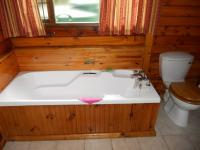 Bathroom 2 - 7 square meters of property in Knysna