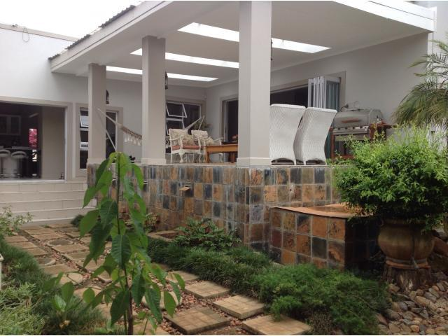 4 Bedroom House for Sale For Sale in Vryheid - Home Sell - MR105116