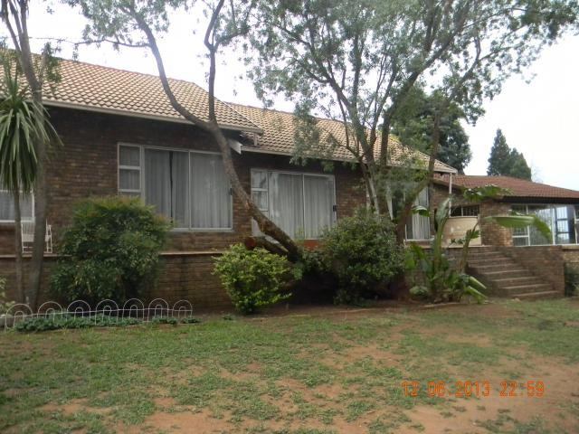 4 Bedroom House for Sale For Sale in Zwartkop - Private Sale - MR105133
