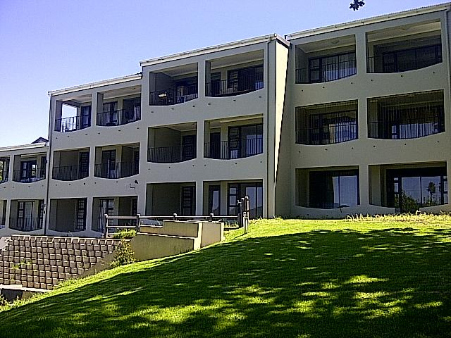 2 Bedroom Apartment for Sale For Sale in Knysna - Private Sale - MR105154