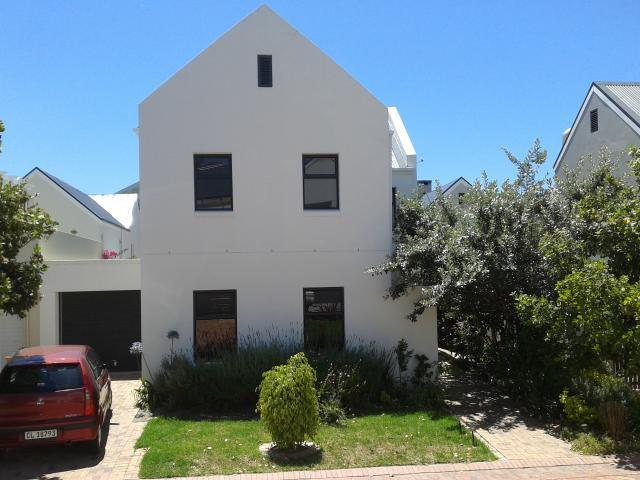 3 Bedroom House for Sale For Sale in Stellenbosch - Home Sell - MR105158