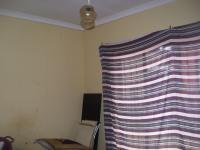 Bed Room 1 of property in Madadeni
