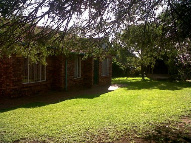 2 Bedroom House for Sale For Sale in Birchleigh North - Private Sale - MR105213