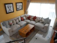 Lounges - 20 square meters of property in Little Falls