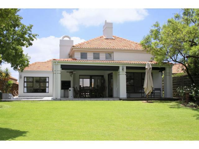 3 Bedroom House for Sale For Sale in Hartbeespoort - Private Sale - MR105321